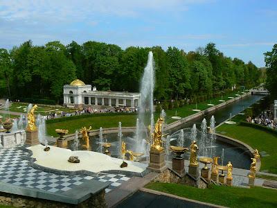 Imagini Peterhof: Palatul lui Petru cel Mare
