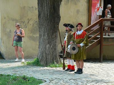 Imagini Romania: Vestitorii cetatii Sighisoara