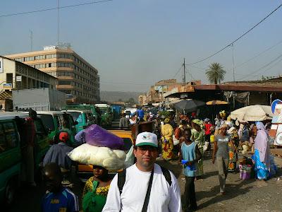 Obiective turistice Mali: piata din Bamako