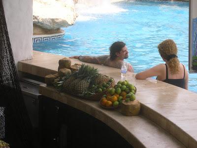 Cazare Mexic: hotel Hyatt Cancun bar piscina