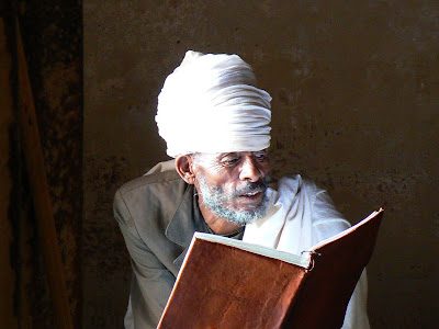 Imagini Etiopia: calugar ortodox la Abraha Atsbeha Tigray