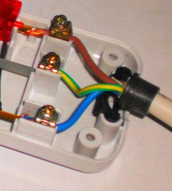 electrical installation wiring pictures: electrical socket ... extension cord wiring schematic extension cord wiring colors #14
