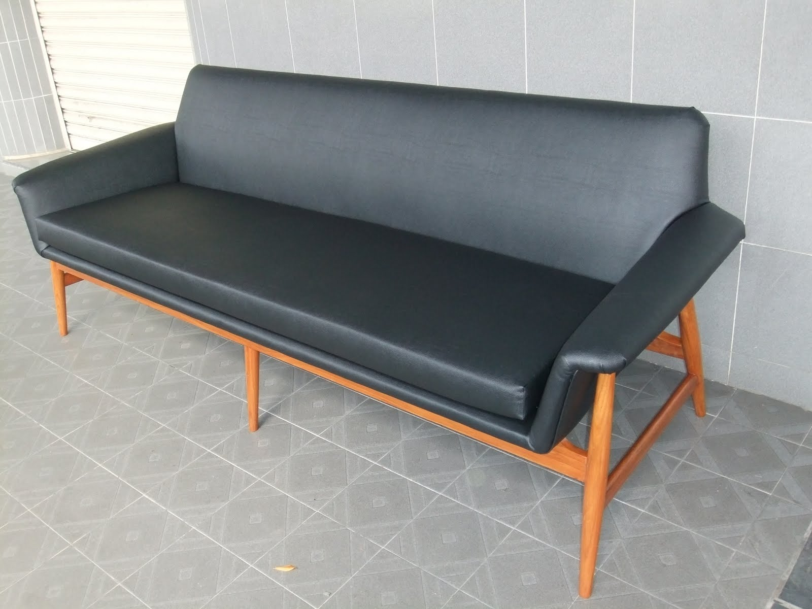 Retro Sofa Singapore Vintage Furniture Repaired Restored And Reupholstered