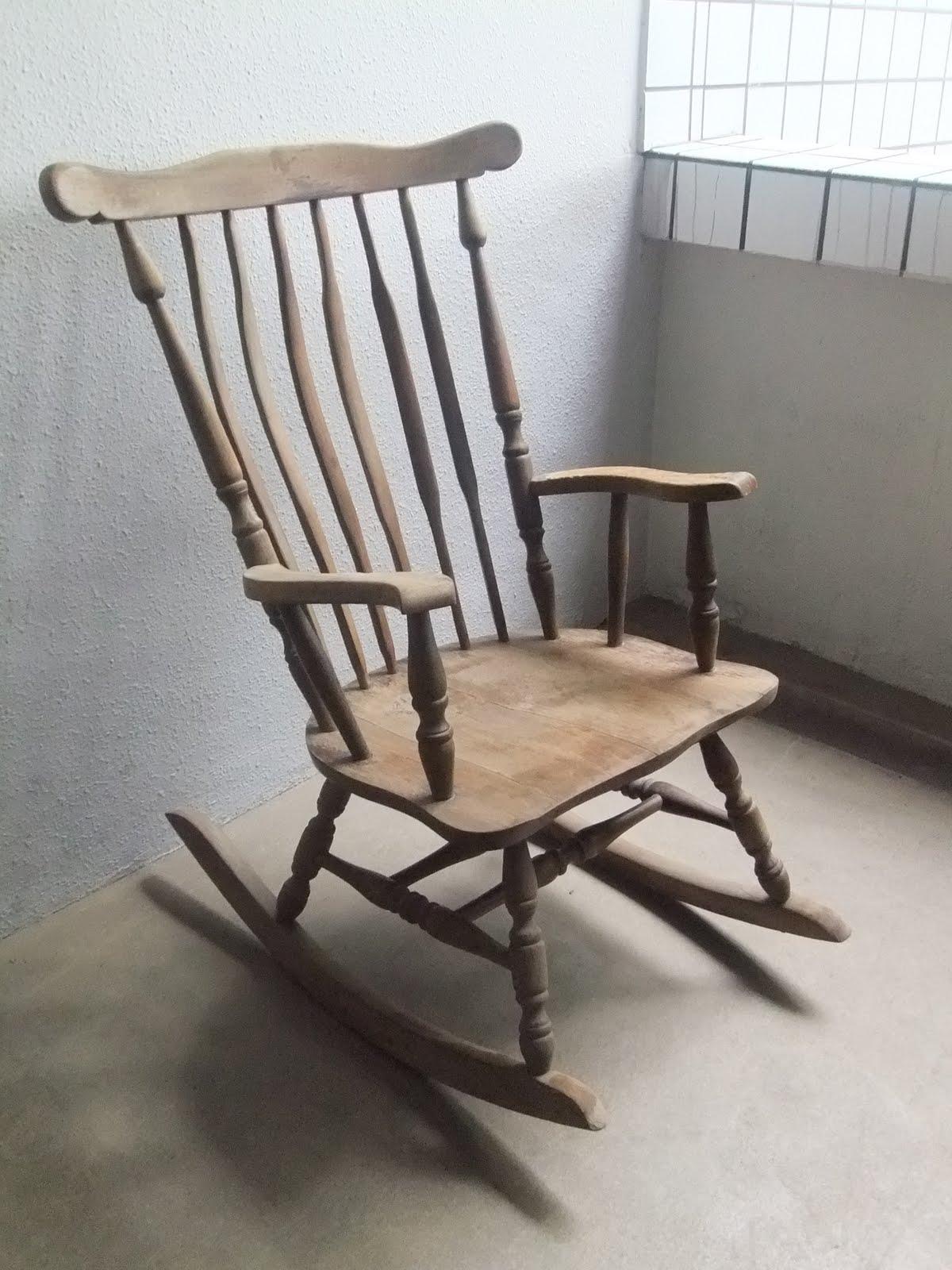 vintage furniture at second charm a great year of blogging ashley furniture. Black Bedroom Furniture Sets. Home Design Ideas