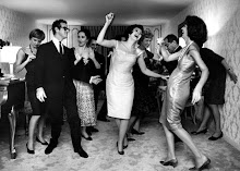 ANNA MOFFO, JAN PEERCE, RISE STEVENS AND ROBERT MERRILL HAVING FUN