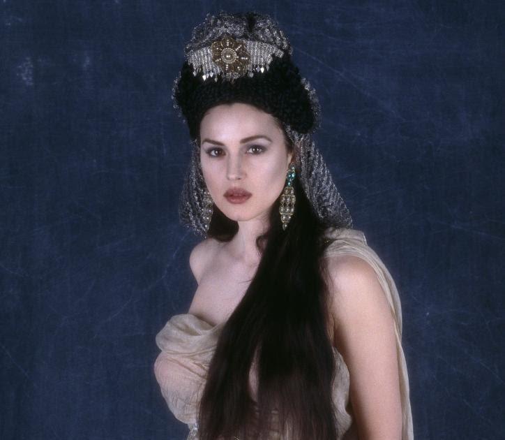 VampBoyz: Monica Belluci in Bram Stoker's DRACULA