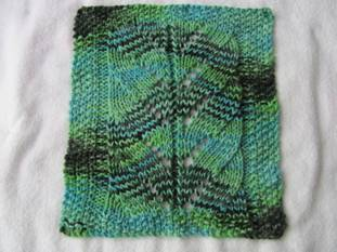 Roxee's knitting fun: Small Spiral Lace pattern