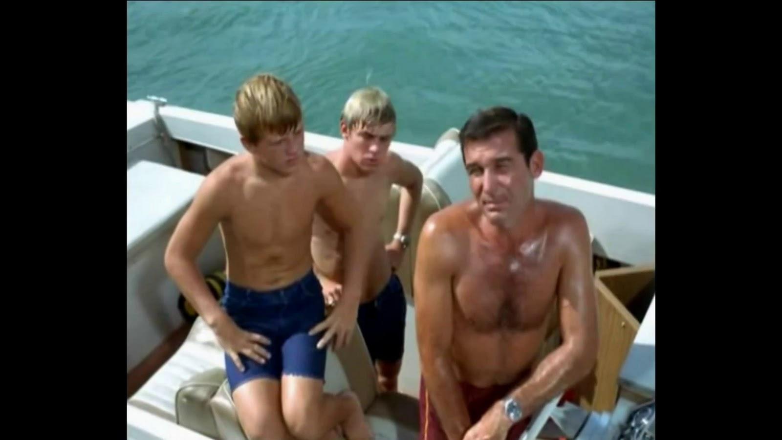 Spank movie gay mark loves a hot spanking 6