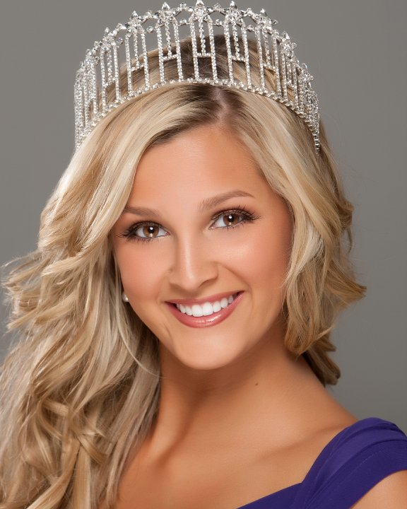 Miss Louisiana Usa 2011 Is Page Pennock She Was Crowned Miss