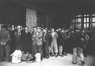 photo of jewish men being rounded up in france