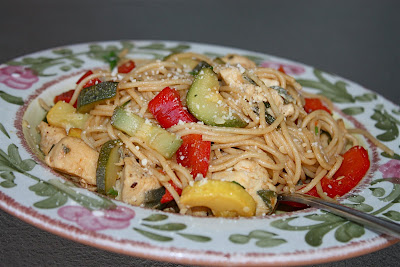 Spaghetti with Chicken and Vegetables in Lemon Sauce