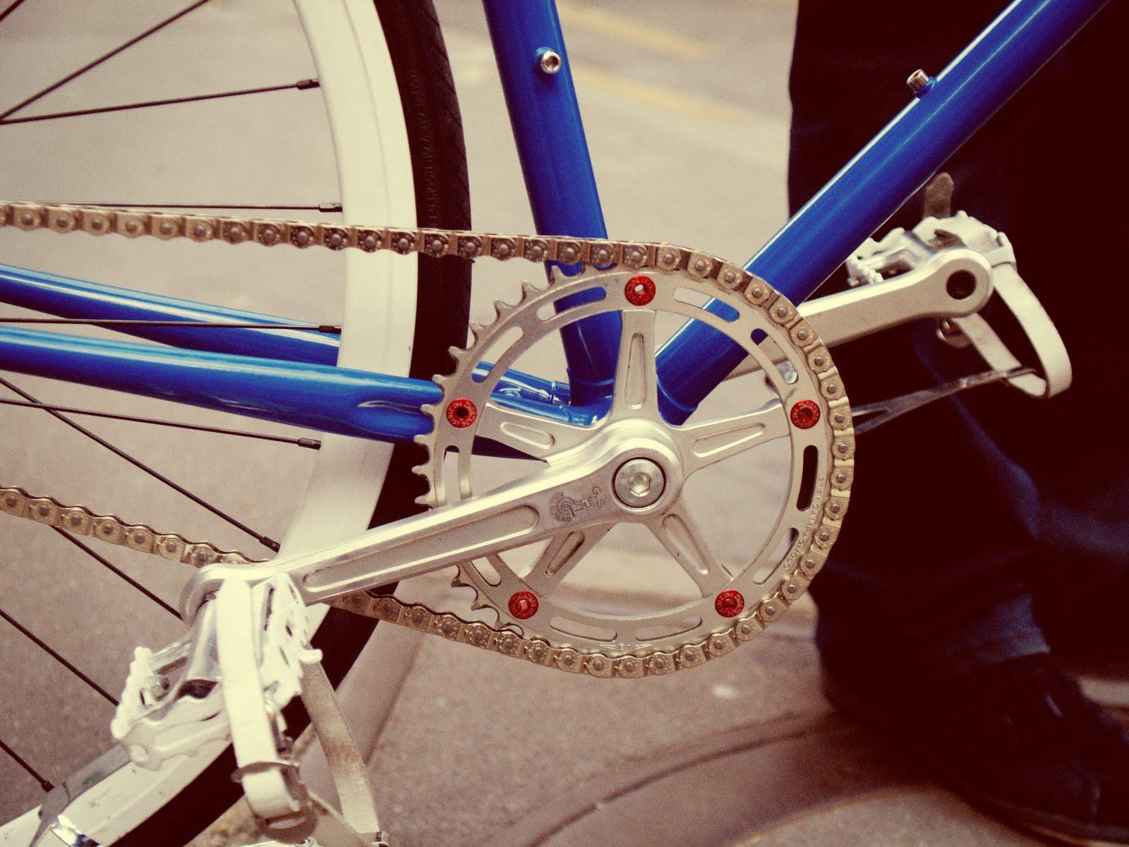 roues a bâton pour faire un fixie