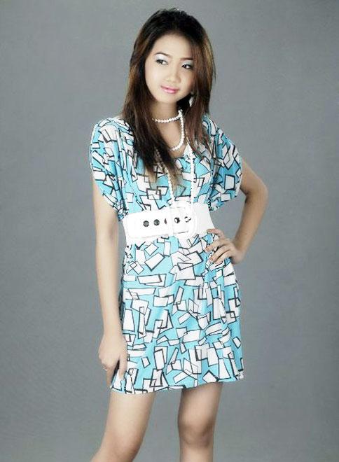 best nude girl: Myanmar Cute Teenage Model Girl, Mechi Ko