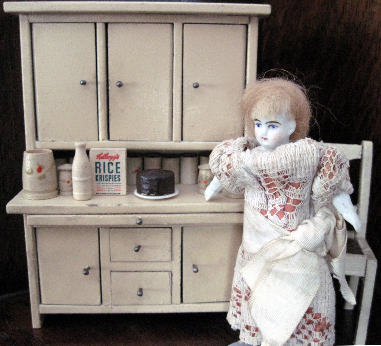 Tracy S Toys And Some Other Stuff 1920s 30s Dollhouse Hoosier Cabinet