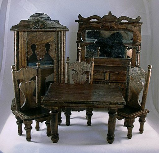 Vintage Dining Room Set: Tracy's Toys (and Some Other Stuff): Antique Dollhouse