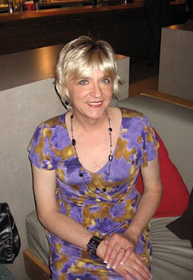 At the Therapy Cafe in downtown Dayton in May 2009.