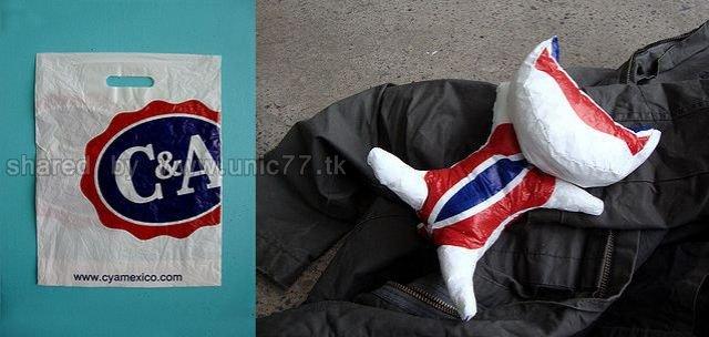 http://4.bp.blogspot.com/_EHi0bg7zYcQ/TJmylDng4HI/AAAAAAAAFU4/-4YuKl6BtYU/s1600/plastic_bag_artwork_HT6C7_640_06.jpg