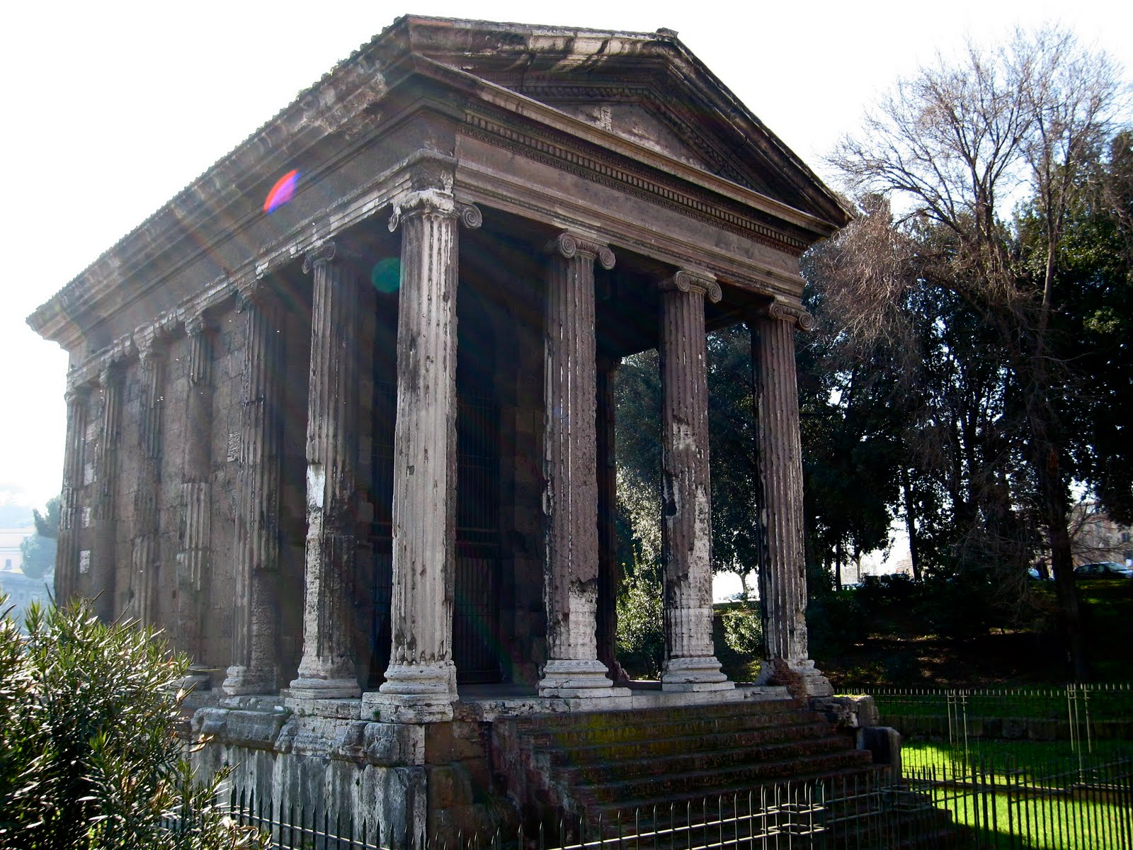 AMOROMA -- LOVE ROME!: Temple of Portunus