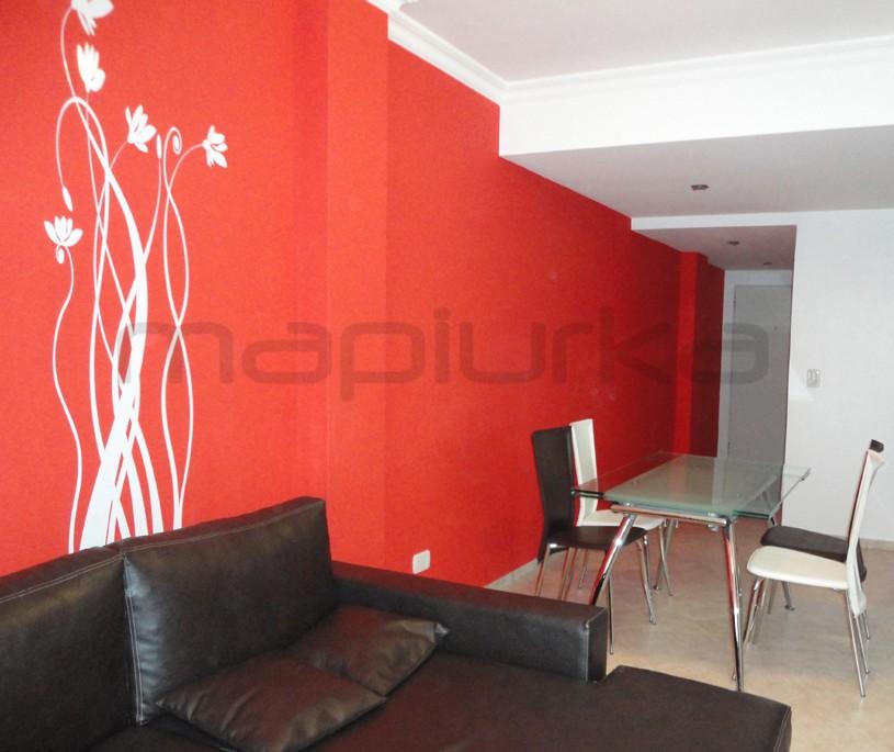Mapiurka adhesivos decorativos ba living rojo for Pared color cereza