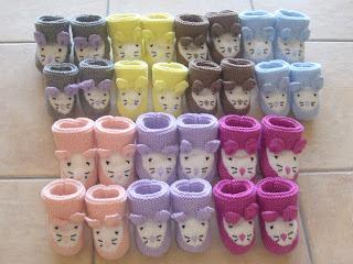 nouvelle arrivee 9a76a fdad5 Petits chaussons de laine pour Bébé faits main - 1, 2, 3, 4 ...