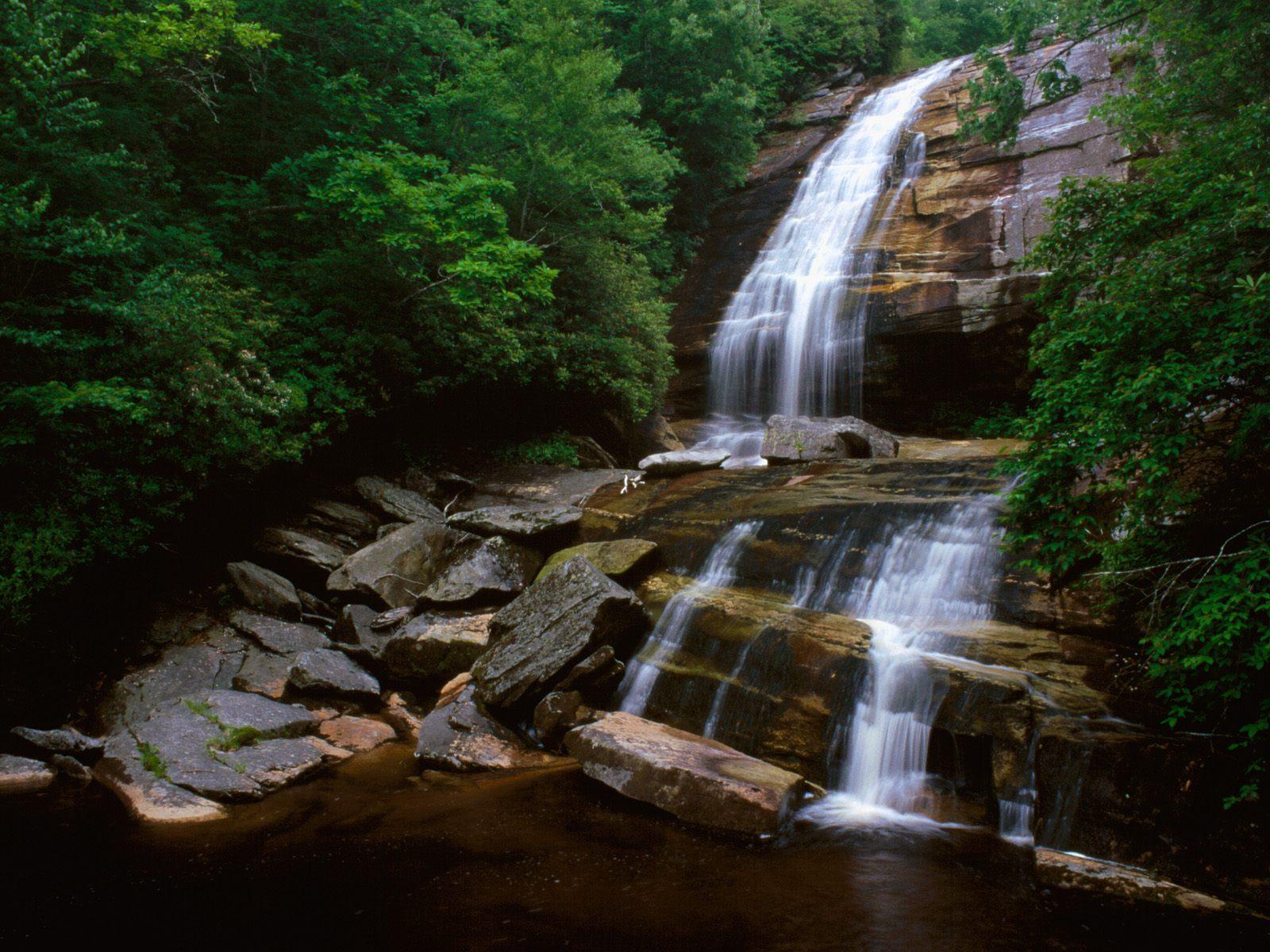 20 Gorgeous Hd Waterfall Wallpapers: BANCO DE IMÁGENES GRATIS: Las Cascadas Más Famosas Del
