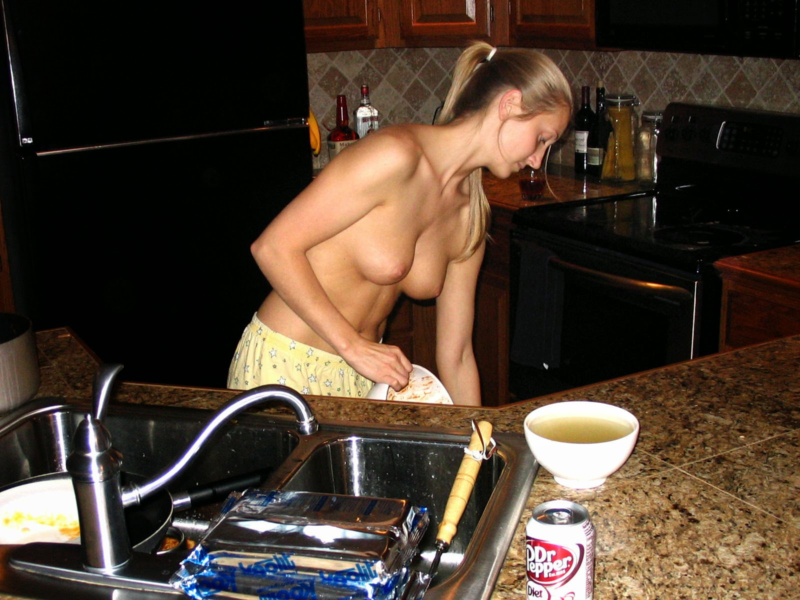 Hot girl cooking penis naked