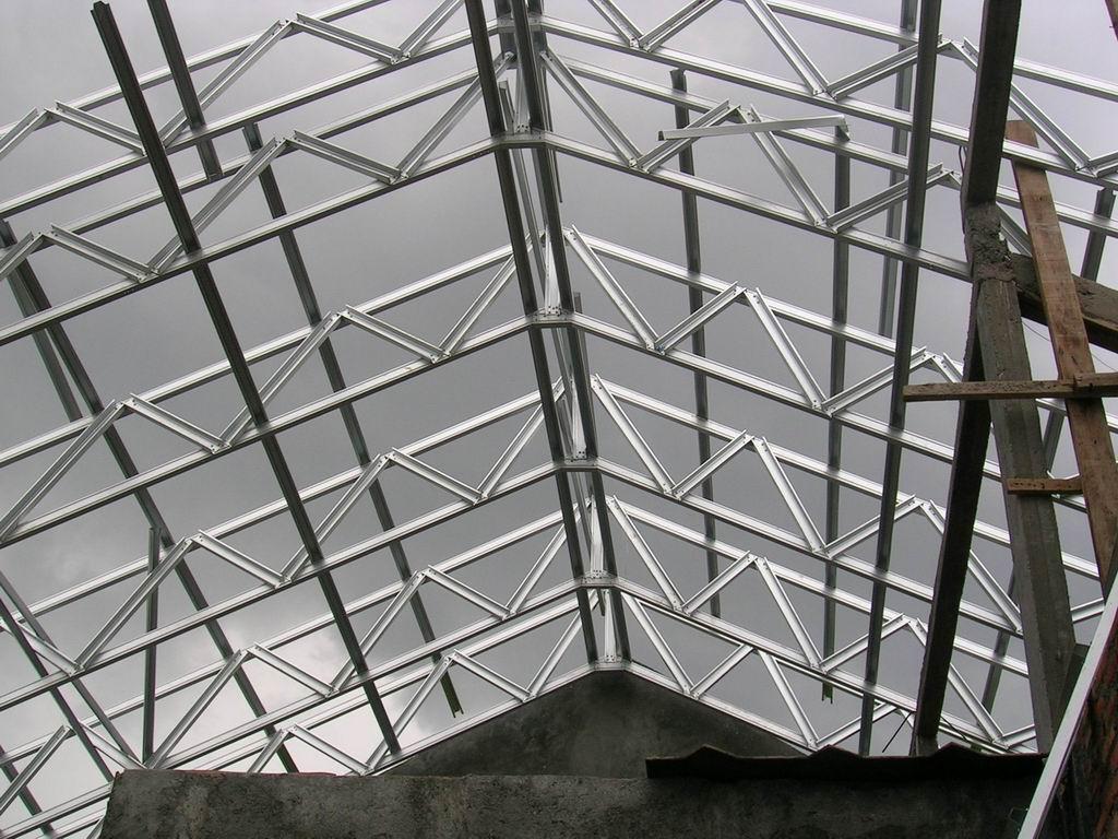 Baja Ringan Ekspose Architecture Rangka Atap