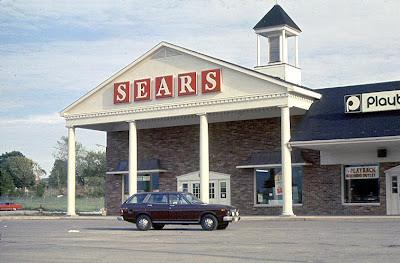 Pleasant Family Shopping Suburban Shopping In The 1970 S