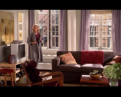 In You Ve Got Mail Meg Plays Sweet Determined Kathleen She Lives A Charming Nyc Upper West Side Apartment To Reflect It Is Decorated Be