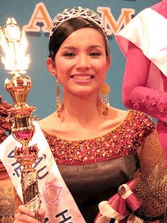 VIETNAMESE BEAUTIES: Singer Bao Thy confirmed that she has