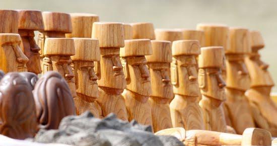 Resultado de imagen para artesania en madera de rapa nui