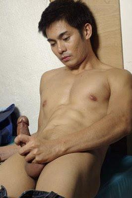 nude pinoy guys