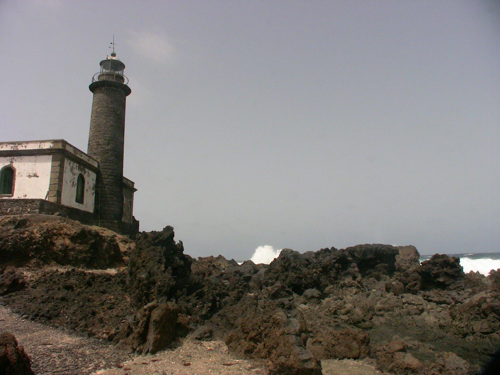 EE8AY - Faro de Punta Delgada