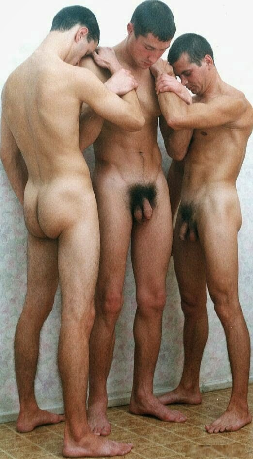 men gay desnudos