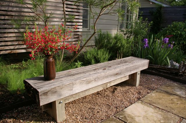 Here S The Garden Bench That Grackle April 2010