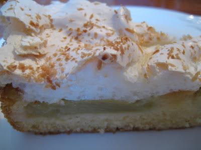Dolce Rhabarber Torte Mit Kokos Baiser