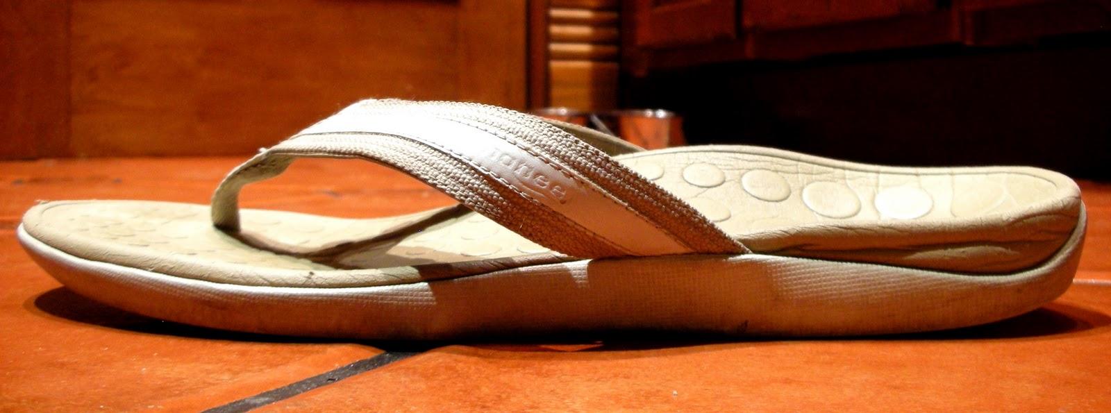 Montrail Moldable Flip Flops