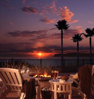 http://4.bp.blogspot.com/_FNsZtZHxo-I/SKNSgNPCNrI/AAAAAAAAA_I/yUv3QGx7w1A/s320/Beach+Village+at+The+Del+Cottage+Private+Patio.jpg