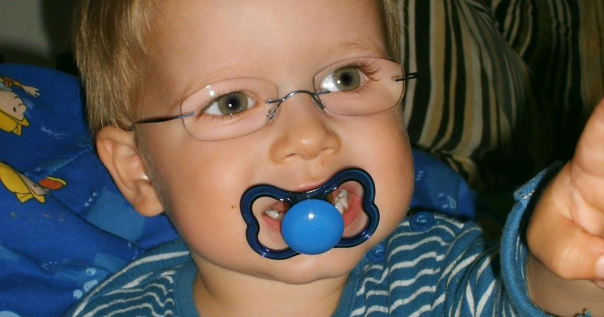 32933d068771 TILTE  Nye briller