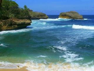Pantai Ngliyep Di Malang Selatan 2017 + Info Rute Map Peta Dan Harga Tiket Masuk