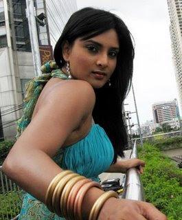Divya Spandana Hot Actress
