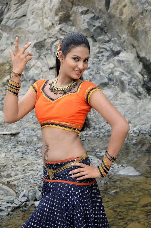 Sexy Bollywood Babe Sayali Bhagath