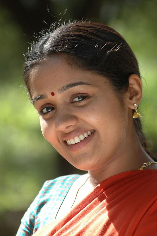 Tamil Film Naadodigal - Exclusive Images / Photos / Stills Gallery...