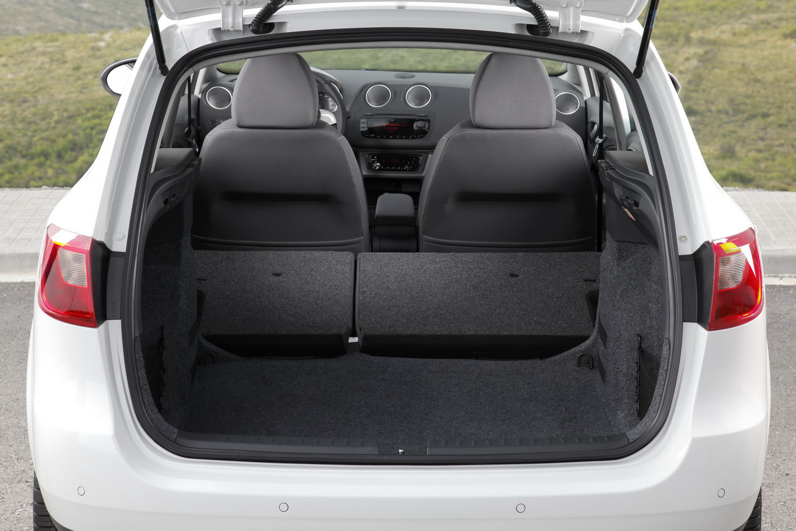 modded seat ibiza sts coming to w rthersee meeting. Black Bedroom Furniture Sets. Home Design Ideas