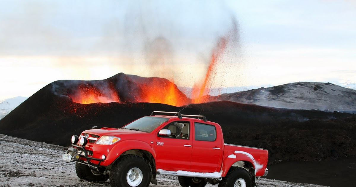 Drag Race Most Faster: Toyota Hilux 4x4 Duble Dore Pickups