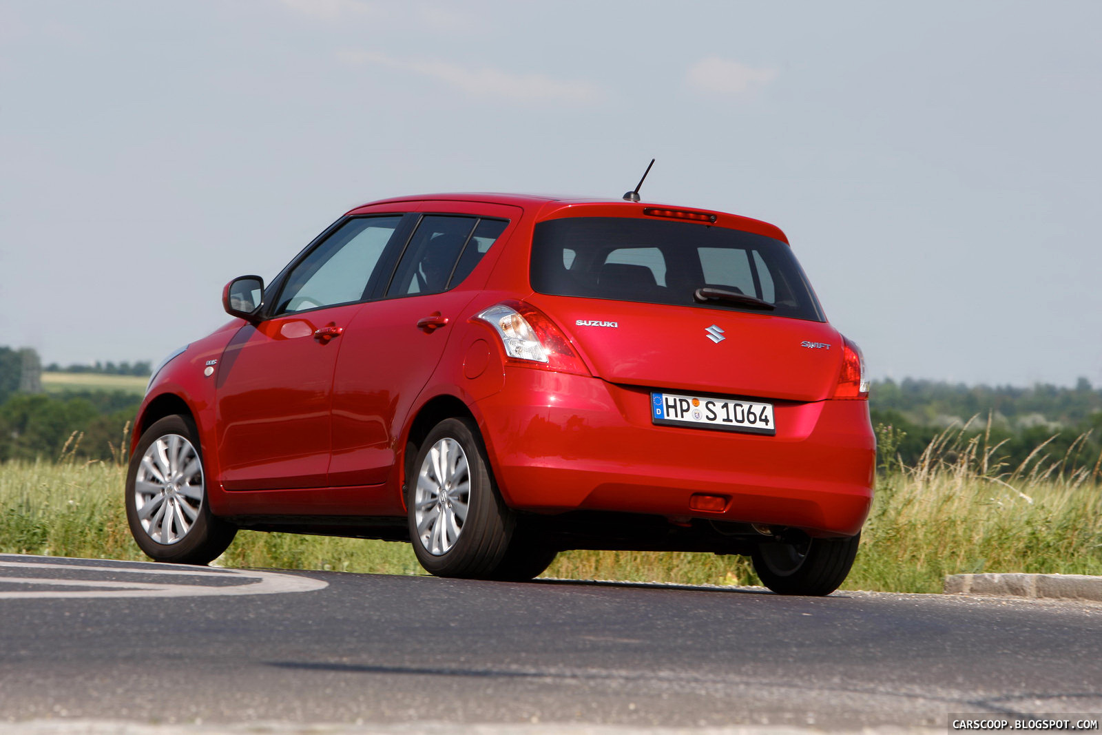 2011 suzuki swift new photo gallery and complete specs carscoops. Black Bedroom Furniture Sets. Home Design Ideas