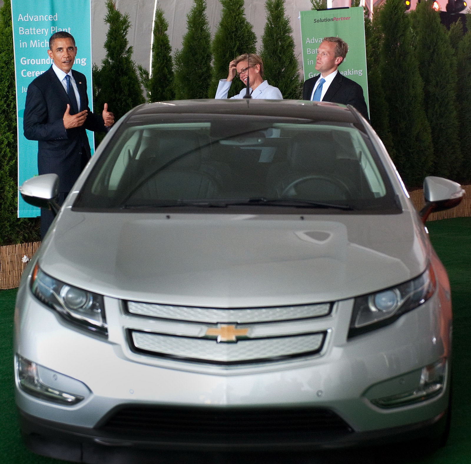 Obama Speaks At New Battery Plant, Tries Out Chevy Volt