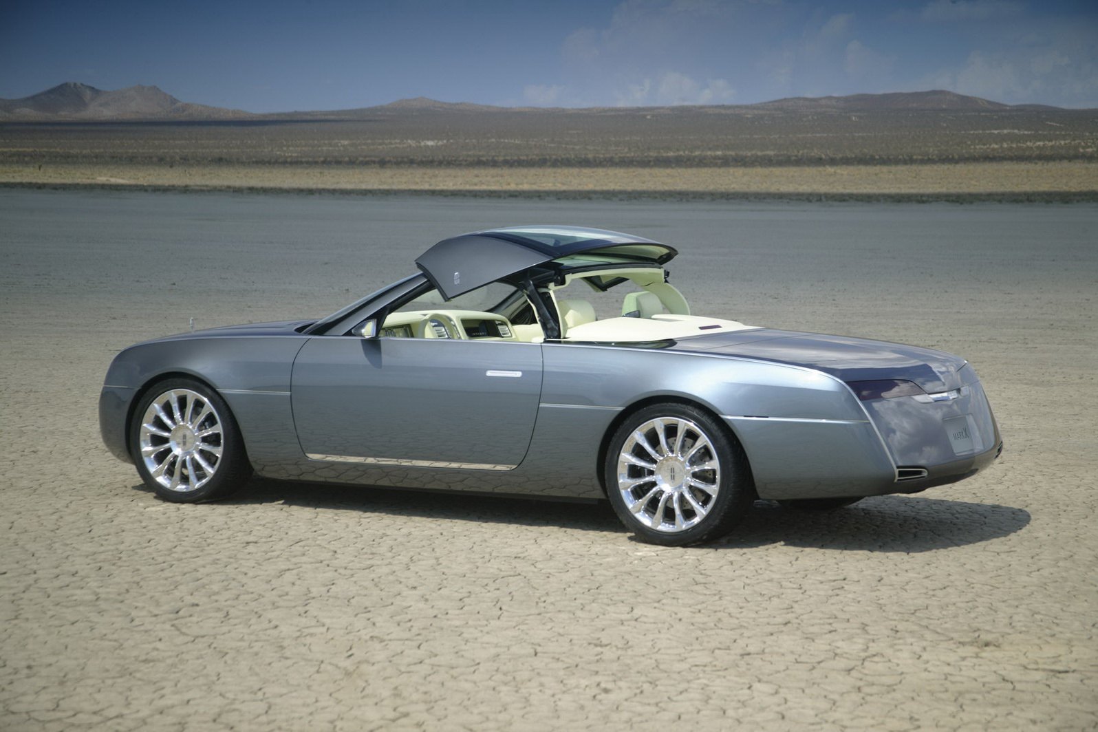 Car Types Lincoln Concept Models Including Mk9 And Mark X Going Up