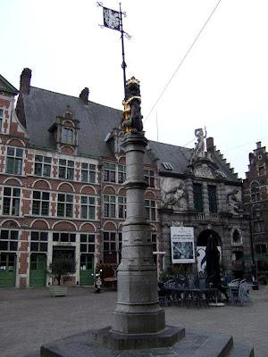 Sint-Veerle Square