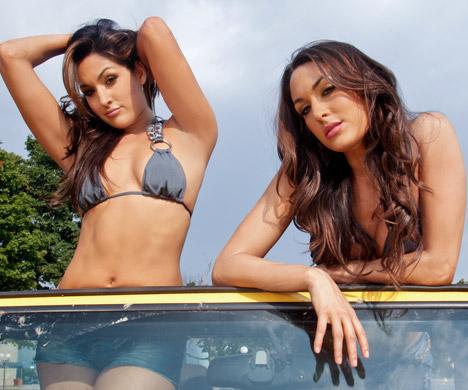 Sexy pics of bella twins